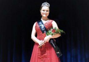 MacKenzie Ross was crowned the 2019 Cameron High School Queen of Queens.